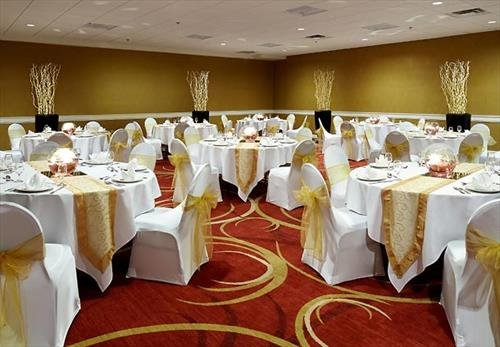 Meeting Rooms At Courtyard By Marriott Ottawa Downtown 350