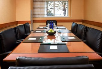 Meeting Rooms At Courtyard By Marriott Oakland Emeryville 5555