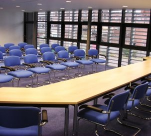 Conference Venues Room Hire In Coventry England Meetingsbookercom - England conference table